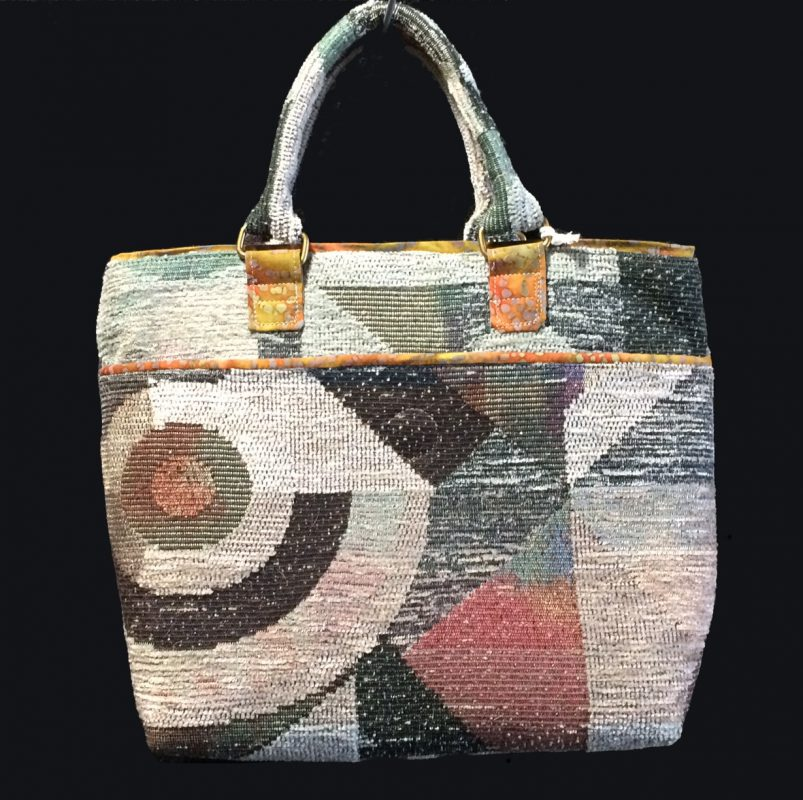 geo-modern-tote-front