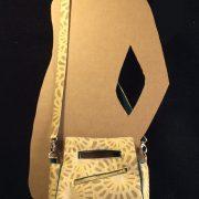 sunburst-original-rear-zipper-model-crossbody