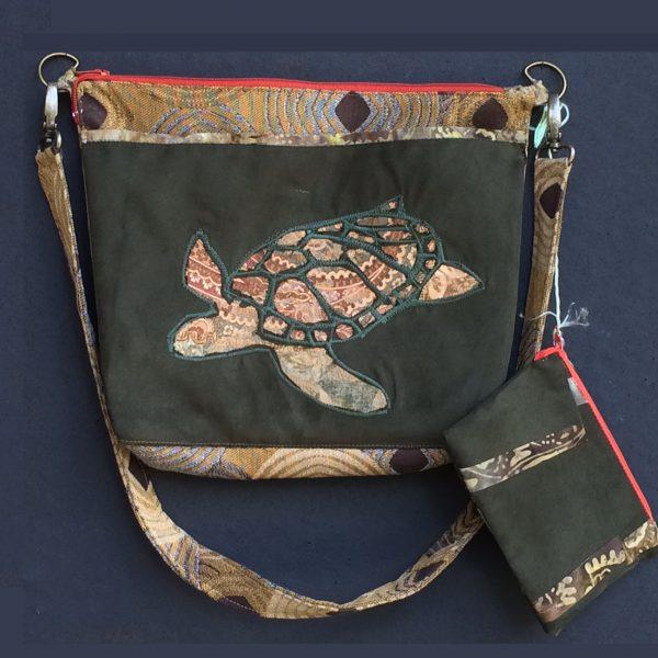 turtle-diamond-forest-orange-zipper
