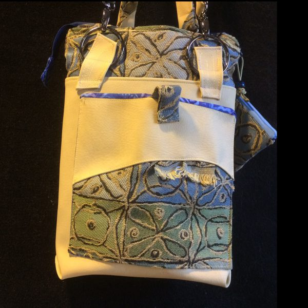 clay-shoulderbag-front