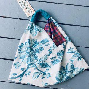 Handbags, Purses and Everyday Carry